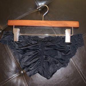 Ruched black swim bottoms